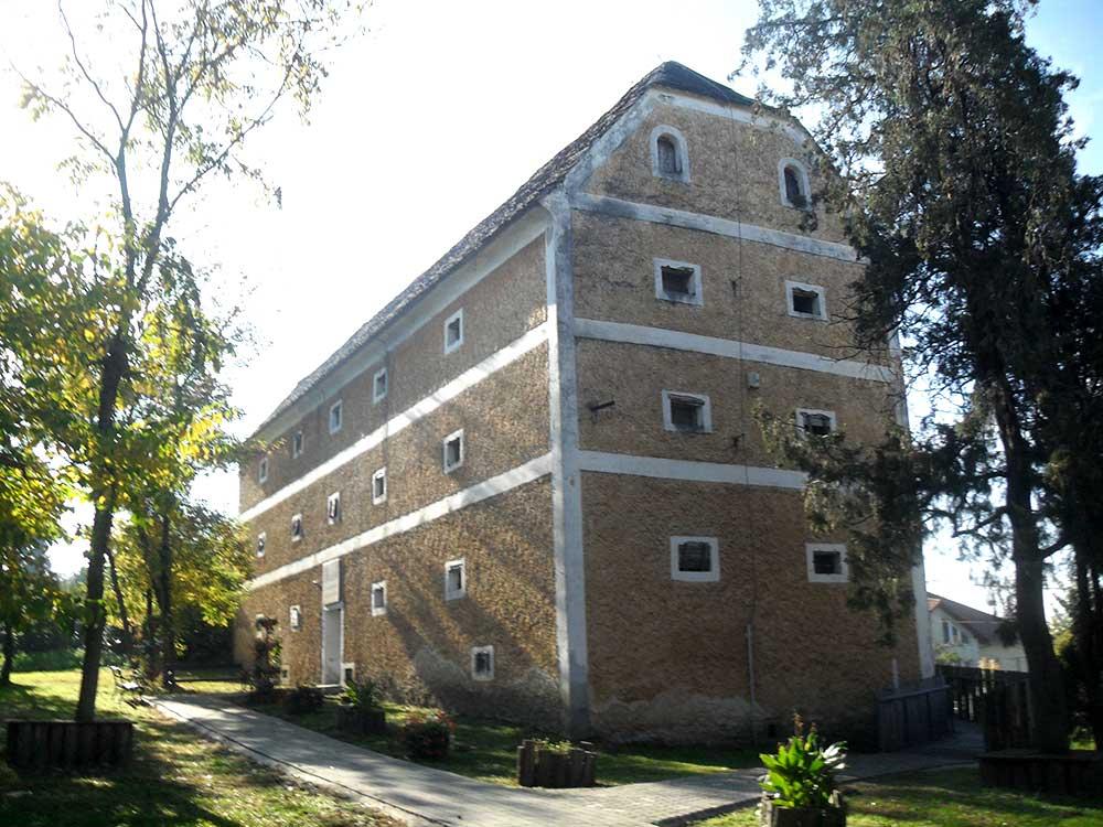 Uradalmi magtárépület XVIII. század