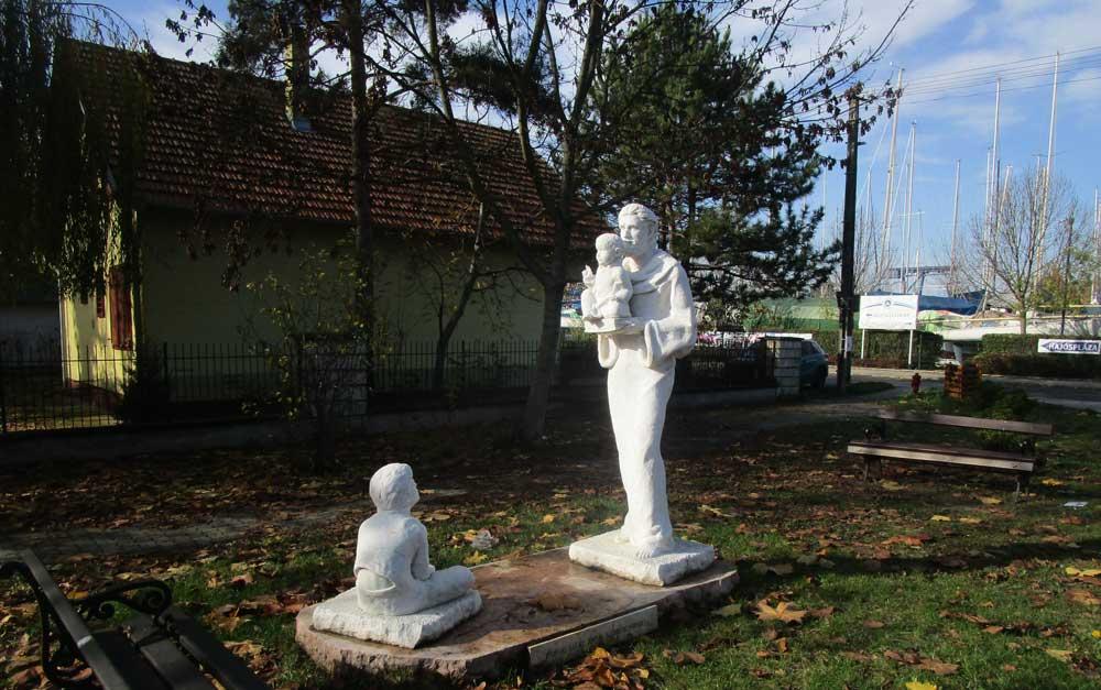 Szent Antal szoborcsoport