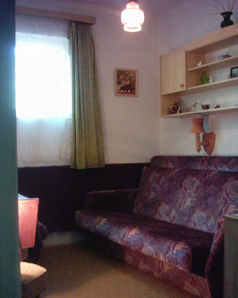 somogyi ottonefoldszint szoba Somogyi Vendégház