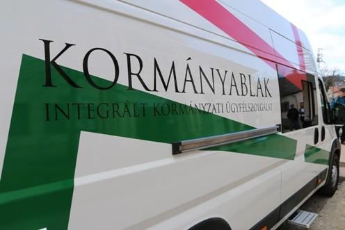kormanyablak busz2 Kormányablak busz